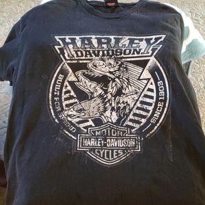 Harley Davidson shirt nice graphic size M